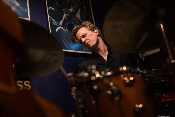 Karl-Henrik Ousbäck (2020) at Jimmy Glass Jazz Club. Valencia.