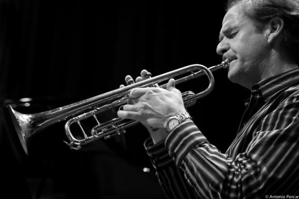Chris Kase (2013). Avui Jazz. Vila-real