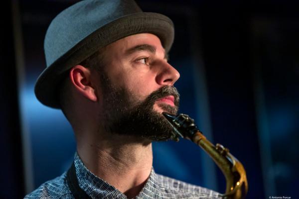 Luís Verde (2018) at Jimmy Glass Jazz Club. Valencia.