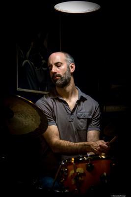 Mark Ferber (2017) at Jimmy Glass Jazz Club. Valencia.