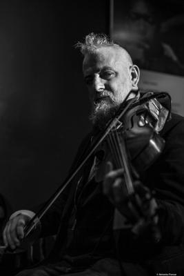 Mat Maneri (2018) at Jimmy Glass Jazz Club. Valencia