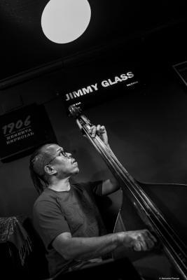 Michael Bowie (2019) at Jimmy Glass Jazz Club. Valencia.