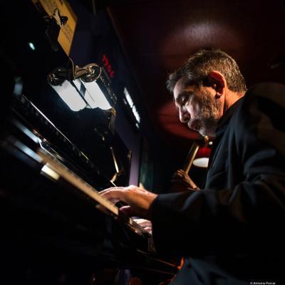 Mike Ledonne (2019) at Jimmy Glass Jazz Club. Valencia.