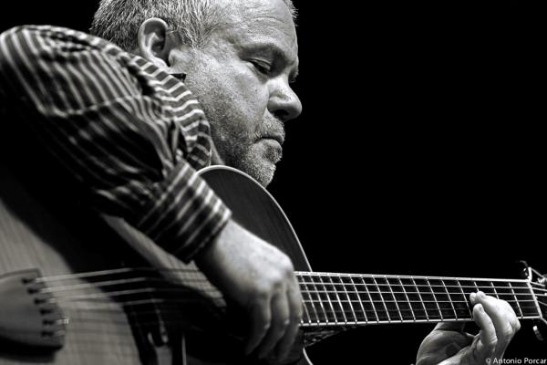 Mitchell, Dave (2009)