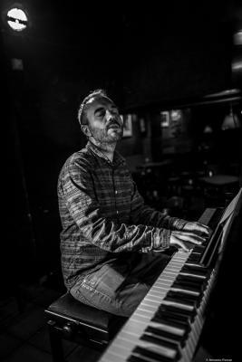 Moisés P. Sánchez (2017) at Jimmy Glass Jazz Club. Valencia