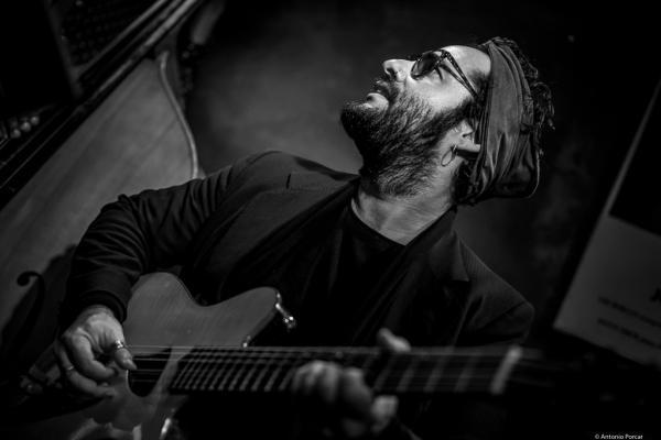 Munir Hossn (2016) at Jimmy Glass Jazz Club. Valencia.
