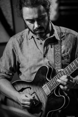 Nicolás Vera (2018) at Thelonious Jazz Club. Santiago de Chile.