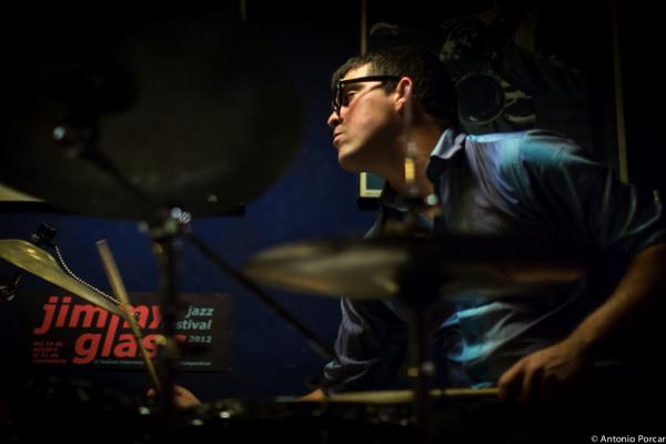 Michael Olivera (2013) en Jimmy Glass Jazz Club de Valencia.