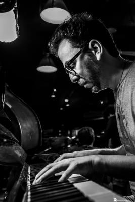 Omer Klein (2018) at Jimmy Glass Jazz Club. Valencia.