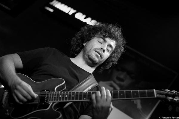 Ricardo Valverde Cenisergue at Jimmy Glass Jazz Club. Valencia, 2015.