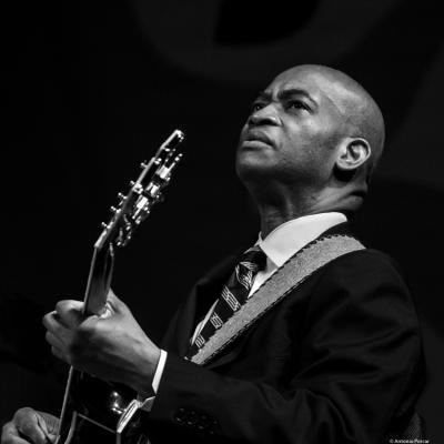 Russell Malone at Festival de Jazz de Valencia, 2018.