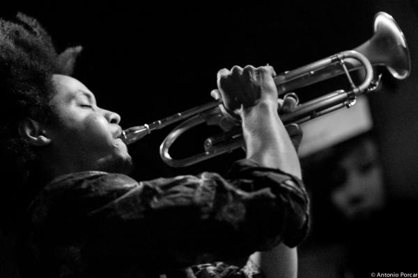 Carlos Sarduy (2013) en Jimmy Glass Jazz Club. Valencia.
