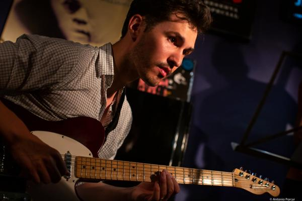 Sean Clapis (2019) at Jimmy Glass Jazz Club. Valencia.