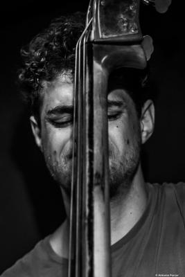 Tom Berkmann (2019) at Jimmy Glass Jazz Club. Valencia.