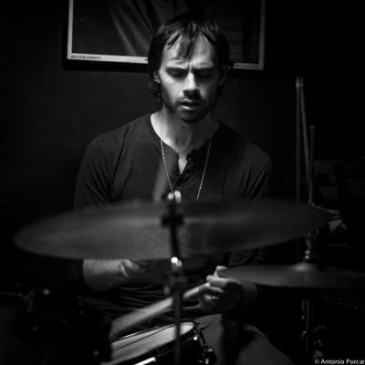 Dan Weiss (2013) in Jimmy Glass Jazz Bar. Valencia.