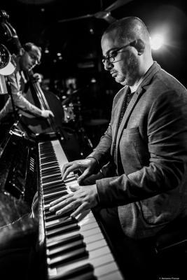 Yonathan Avishai (2019) at Jimmy Glazz Jazz Club. Valencia.