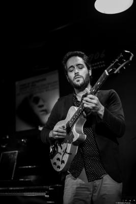 Yotam Silberstein (2018) at Jimmy Glass Jazz Club. Valencia.
