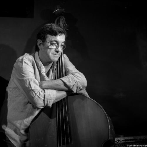 Javier Colina (2014) in Jimmy Glass Jazz Club. Valencia.