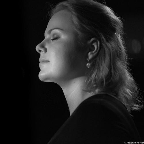 Viktorija Pilatovic (2014) at Jimmy Glass Jazz Club. Valencia.