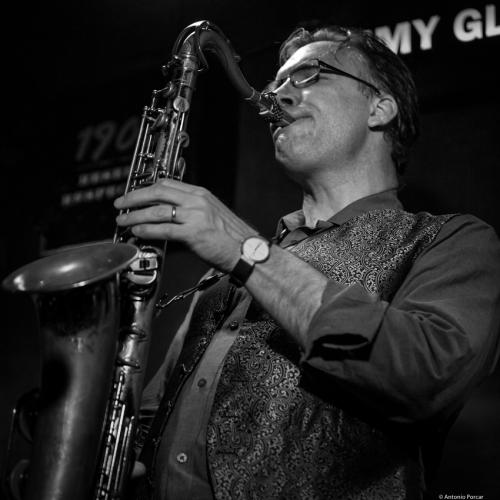 Tim Armacost (2017) at Jimmy Glass Jazz Club. Valencia