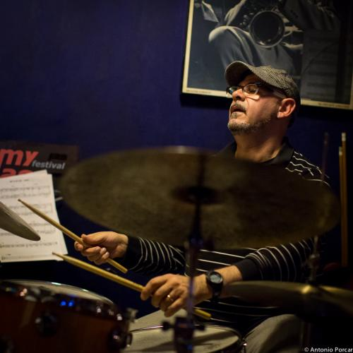 Felip Santandreu (2015) en Jimmy Glass Jazz Club. Valencia.