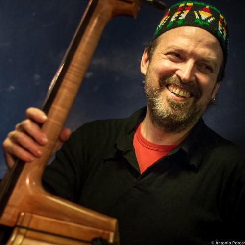 Pedro Alarcon (2015) en Jimmy Glass Jazz Club. Valencia.