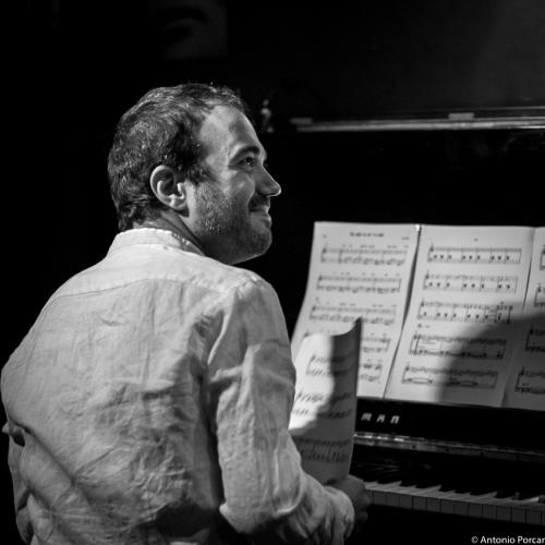 Moisés P. Sánchez (2015) at Jimmy Glass Jazz Club. Valencia.