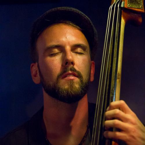 Tom Warburton (2015) in Jimmy Glass Jazz Club. Valencia.