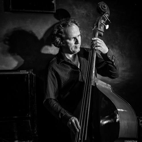 Hans Glawischnig (2018) at Jimmy Glass Jazz Club. Valencia.