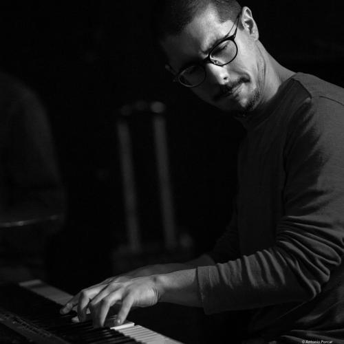 João Pedro Coelho (2018) at Clarence Jazz Club. Málaga