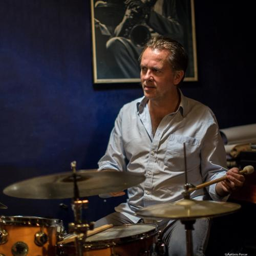 Joost Kesselaar (2017) at Jimmy Glass Jazz Club. Valencia.