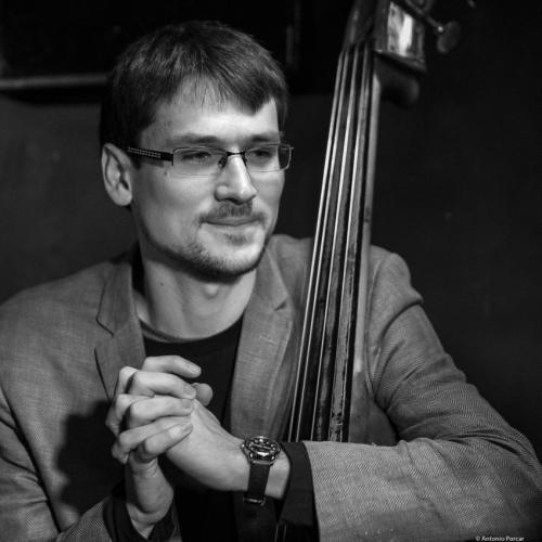 Maksim Perepelica (2017) in Jimmy Glass Jazz Club. Valencia.