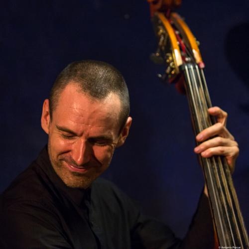 Matt Clohesy (2017) at Jimmy Glass Jazz Club. Valencia.