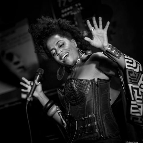 Rhonda Ross (2017) at Jimmy Glass Jazz Club. Valencia