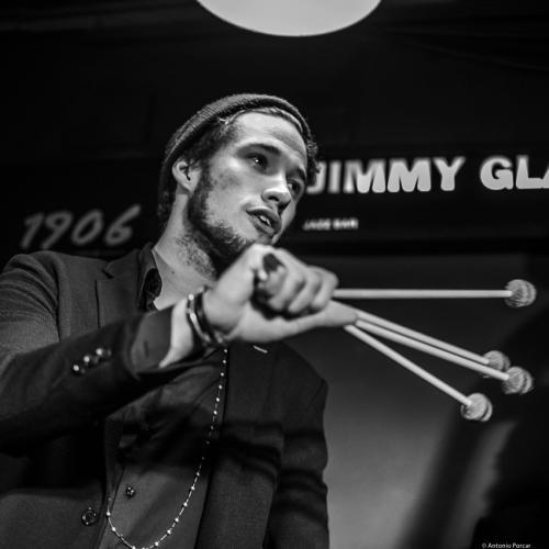 Simon Moullier (2020) at Jimmy Glass Jazz Club. Valencia.
