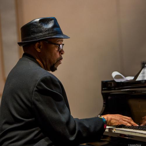 Todd Cochran (2017) in Saint Peter's Church of NYC. Bobby Hutcherson Memorial