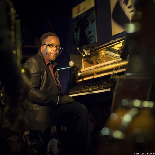 Vernell Brown Jr. (2014) Mark Turner Quartet